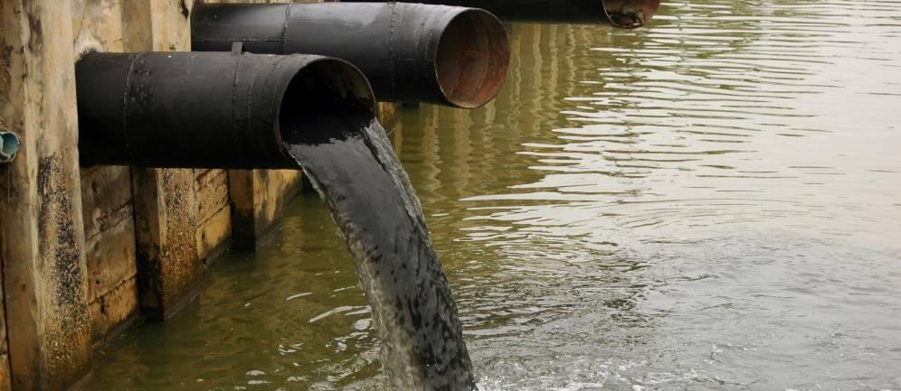 L'inquinamento dell'acqua da parte dell'uomo