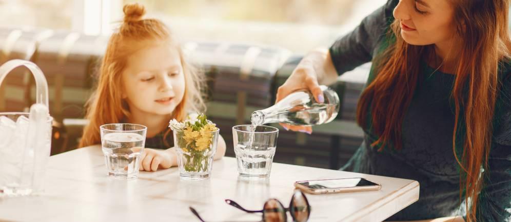 alcuni ristoranti potrebbero proporre acqua del rubinetto